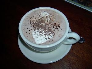 Varm choklad med vispgrädde!